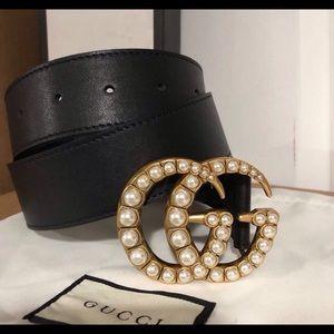 Gucci belt pearl